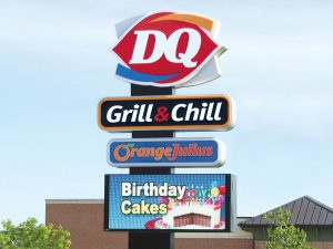 Custom Business Pole Signs Provide Ultimate Visibility 0092 Dairy Queen Bendsen Sign Graphics W 19mm 80x176 Bloomington IL 101718 1 300x225
